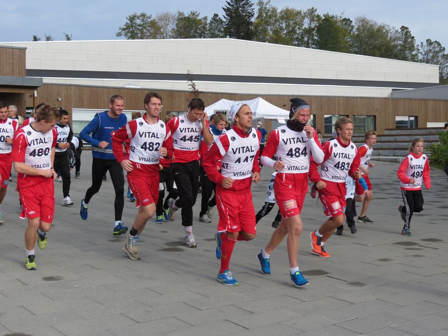 Honestly, you people, would you not like to run if these were the guys you were running after? Photo by Levanger Avisa